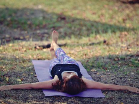 spinální cvičení odstraňuje bolesti zad